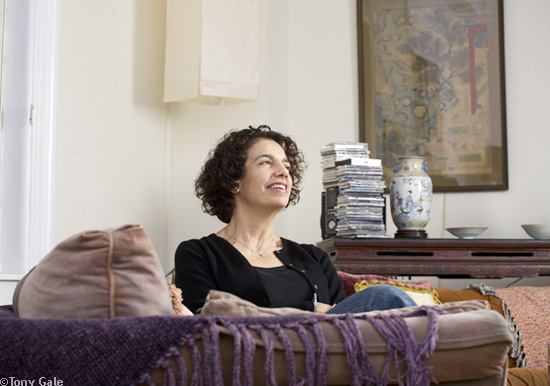 Rebecca Shanok, photographed in her home. © Tony Gale