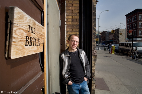 Robert Honeywell, in front of the Brick © Tony Gale